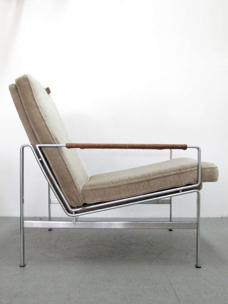 Preben Fabricius & Jørgen Kastholm Arm Chair Modell FK 6720 In Good Condition For Sale In Los Angeles, CA