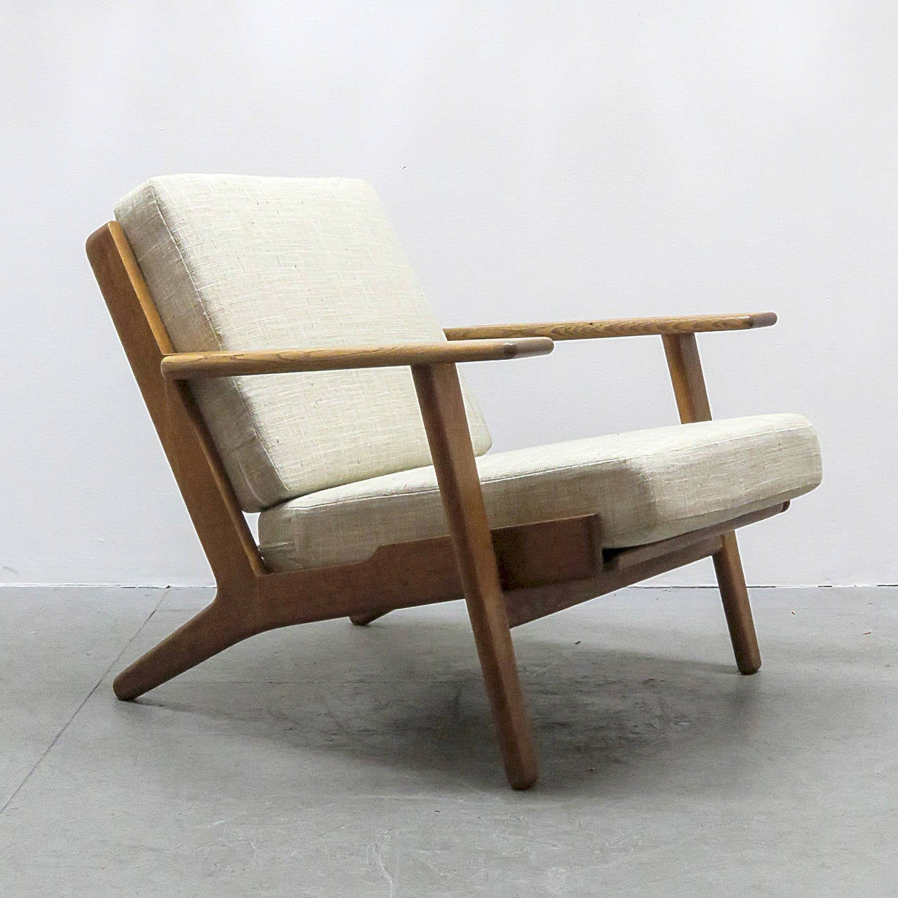 Hans J Wegner GE 290 Lounge Chair at 1stdibs