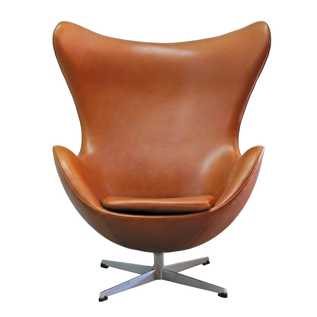 Arne jacobsen egg chair at 1stdibs for Furniture chairs