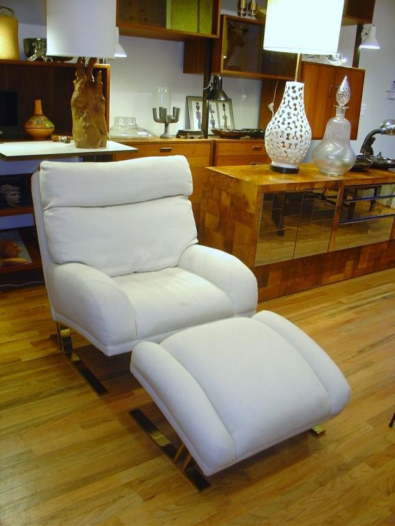 Milo Baughman Lounge Chair and Ottoman for Directional image 4
