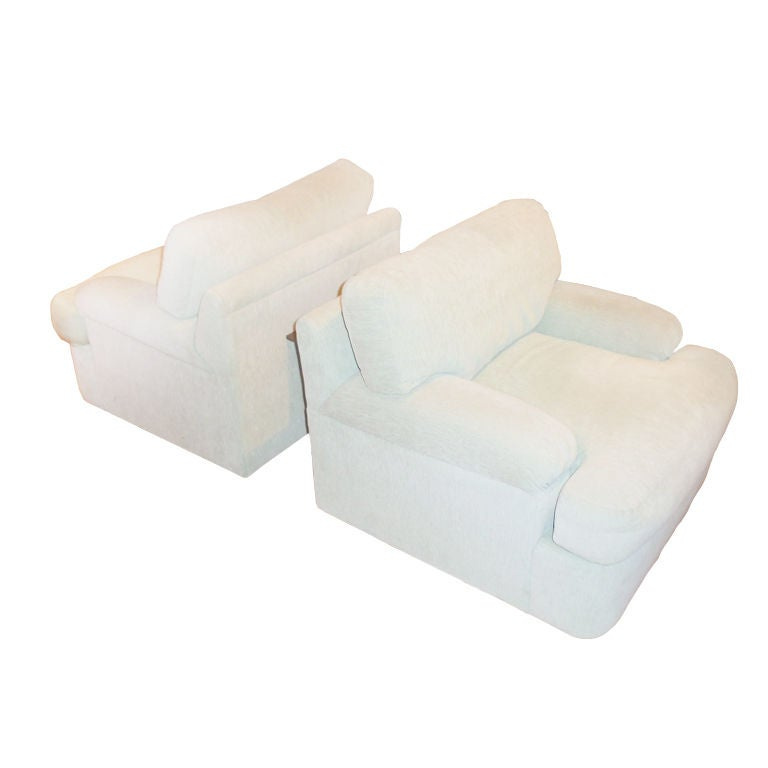 Pair of Milo Baughman Swivel Chairs and Ottoman for Directional