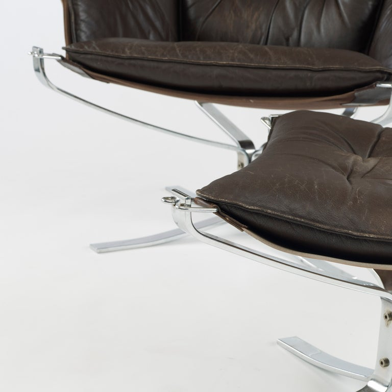 Falcon chair and ottoman by Sigurd Ressell 6
