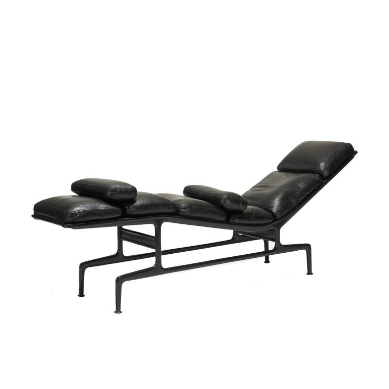 billy wilder chaise by charles and ray eames at 1stdibs. Black Bedroom Furniture Sets. Home Design Ideas