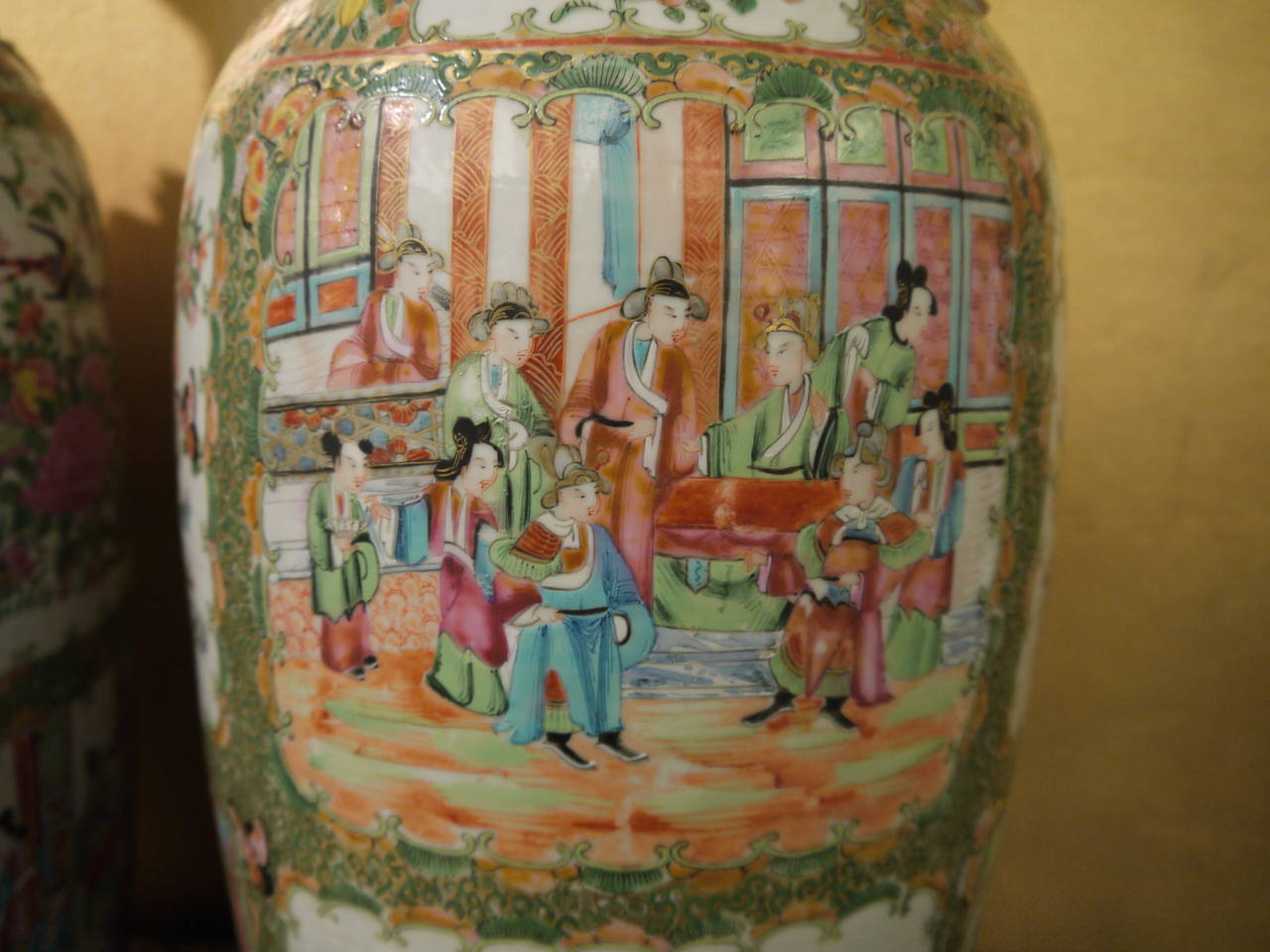 19th Century Pair of Large Chinese Rose Canton Vases For Sale