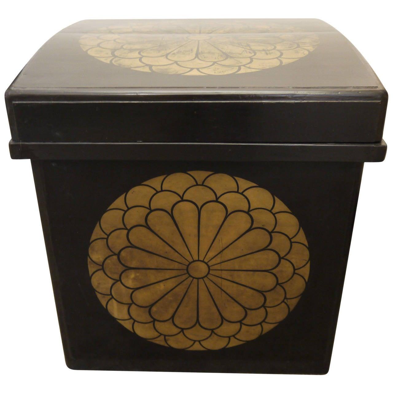 Large Japanese Lacquer Storage Box