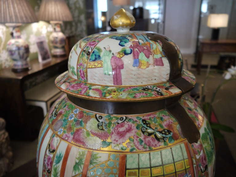 19th Century Large Chinese Temple Jar For Sale