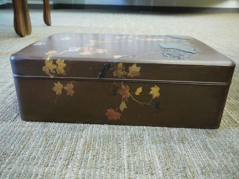 Large Japanese Lacquer Box For Sale 1