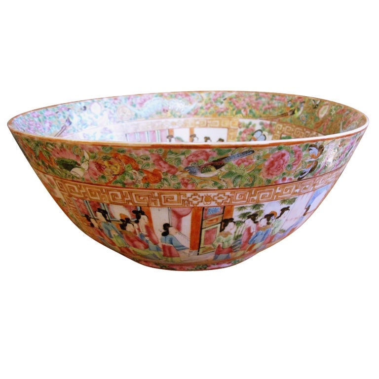 19th Century Chinese Rose Medallion Bowl 1
