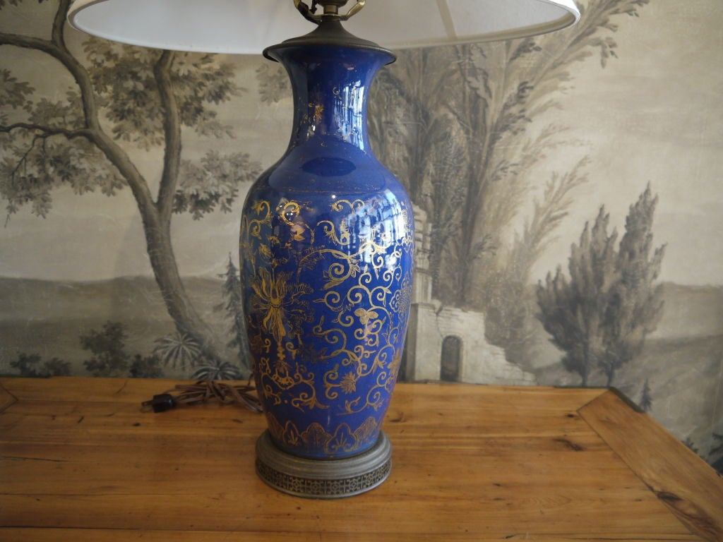 Cobalt Blue Chinese Vase, as Lamp In Good Condition For Sale In New York, NY