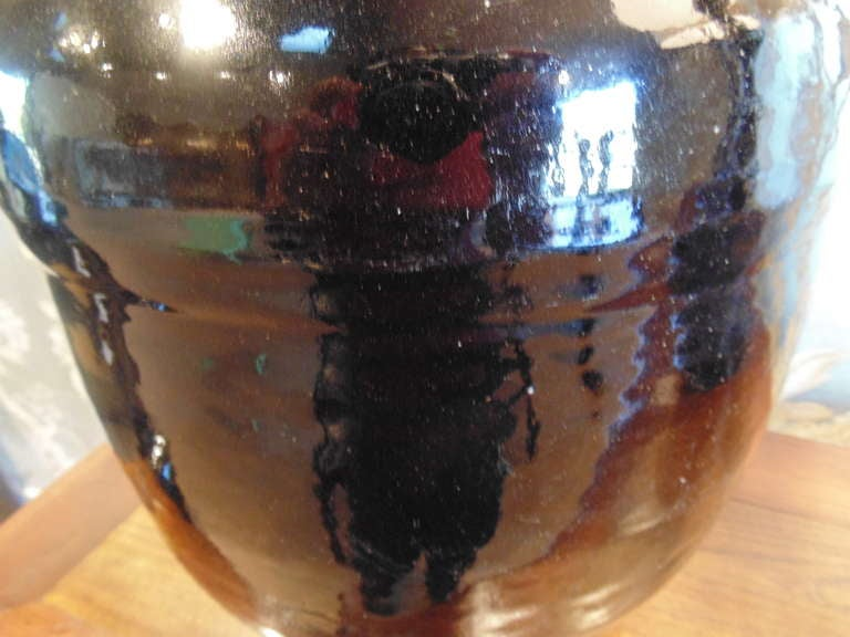 Large Black Japanese Jar In Good Condition For Sale In New York, NY