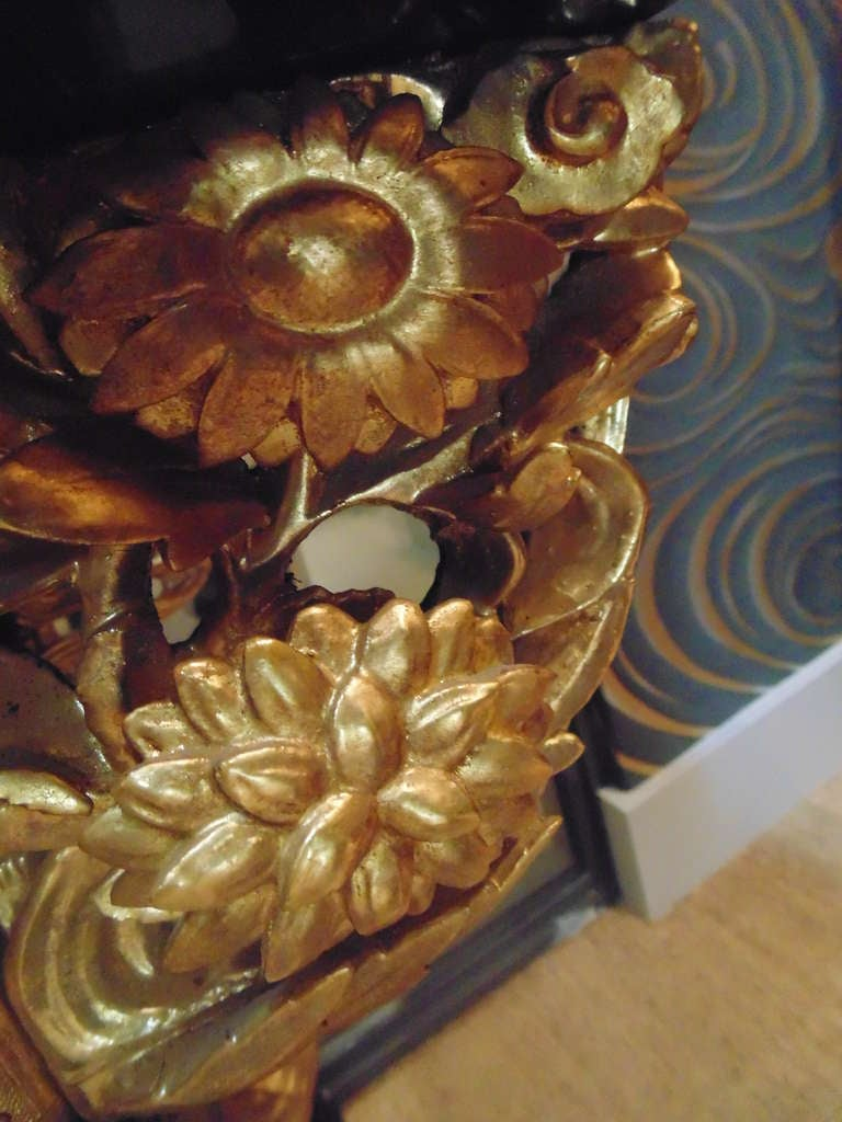 20th Century Japanese Gilt Lacquered Altar Table For Sale