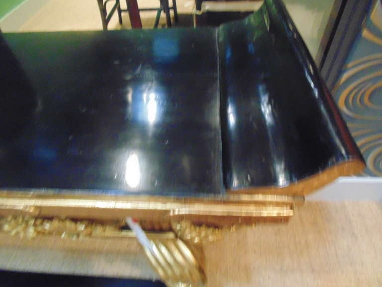 Japanese Gilt Lacquered Altar Table 7