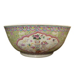 Chinese Early 20th Century Bowl Lime Green with Pink Borders