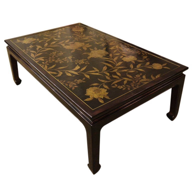 Merveilleux Chinoiserie Lacquer Coffee Table For Sale