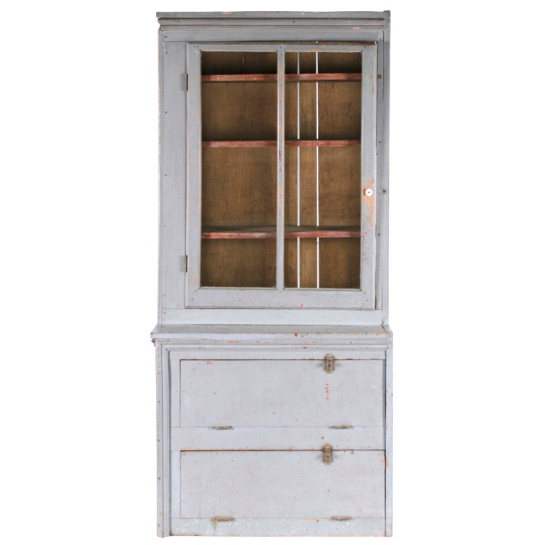 Narrow Make-Do Pennsylvania Cupboard in Grey Paint, Late 19th Century