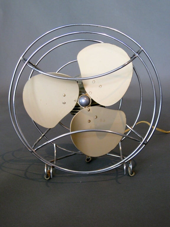 Machine Age Table Fan by Westinghouse c.1940s image 2