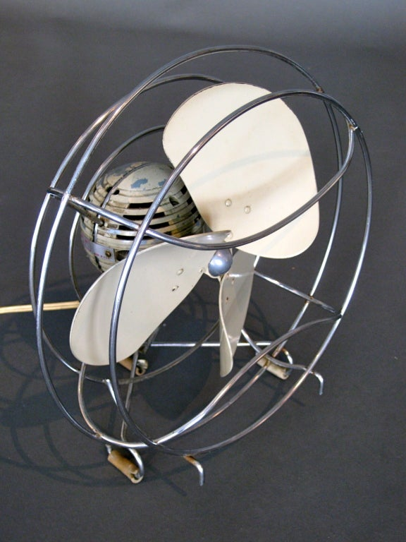 Machine Age Table Fan by Westinghouse c.1940s image 8