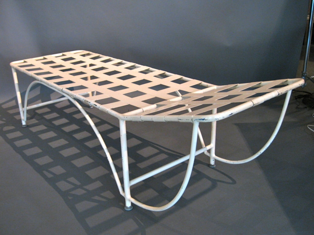 1930s modernist tubular metal chaise longue w metal for 1930s chaise lounge