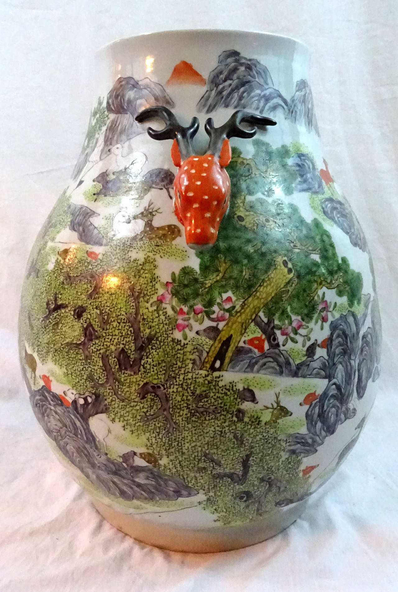20th Century Chinese Porcelain Jar With Red Deer Head