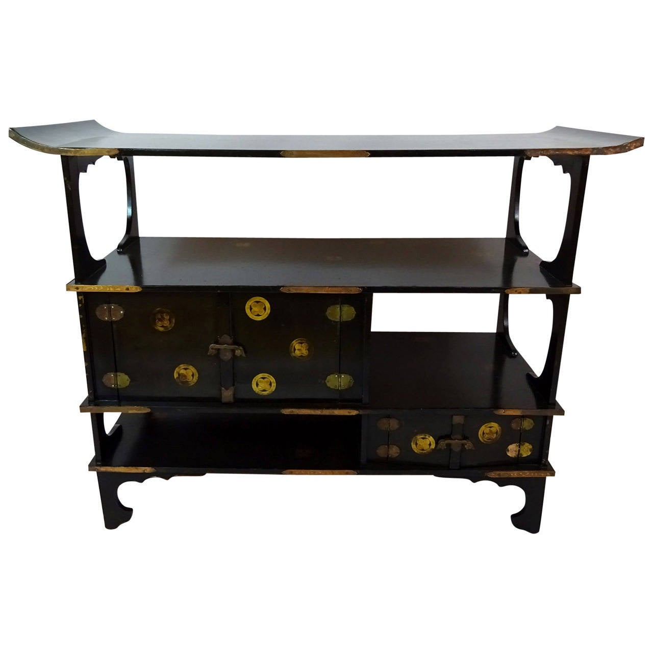 19th Century Japanese Black Lacquer And Gold Painted Table