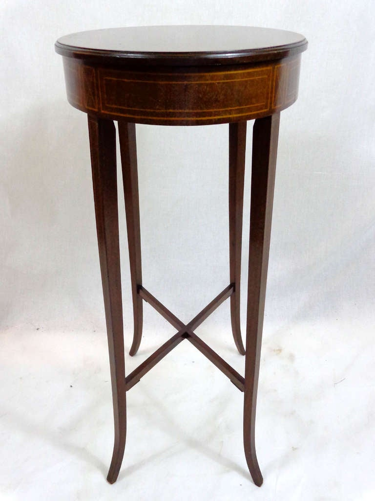 19th C English Oval Table With Flip Up Top At 1stdibs