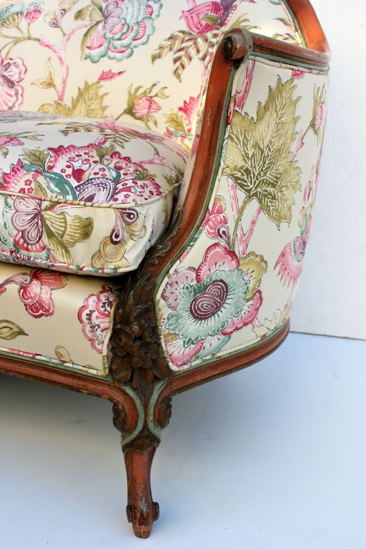 italian hand painted settee for sale at 1stdibs. Black Bedroom Furniture Sets. Home Design Ideas