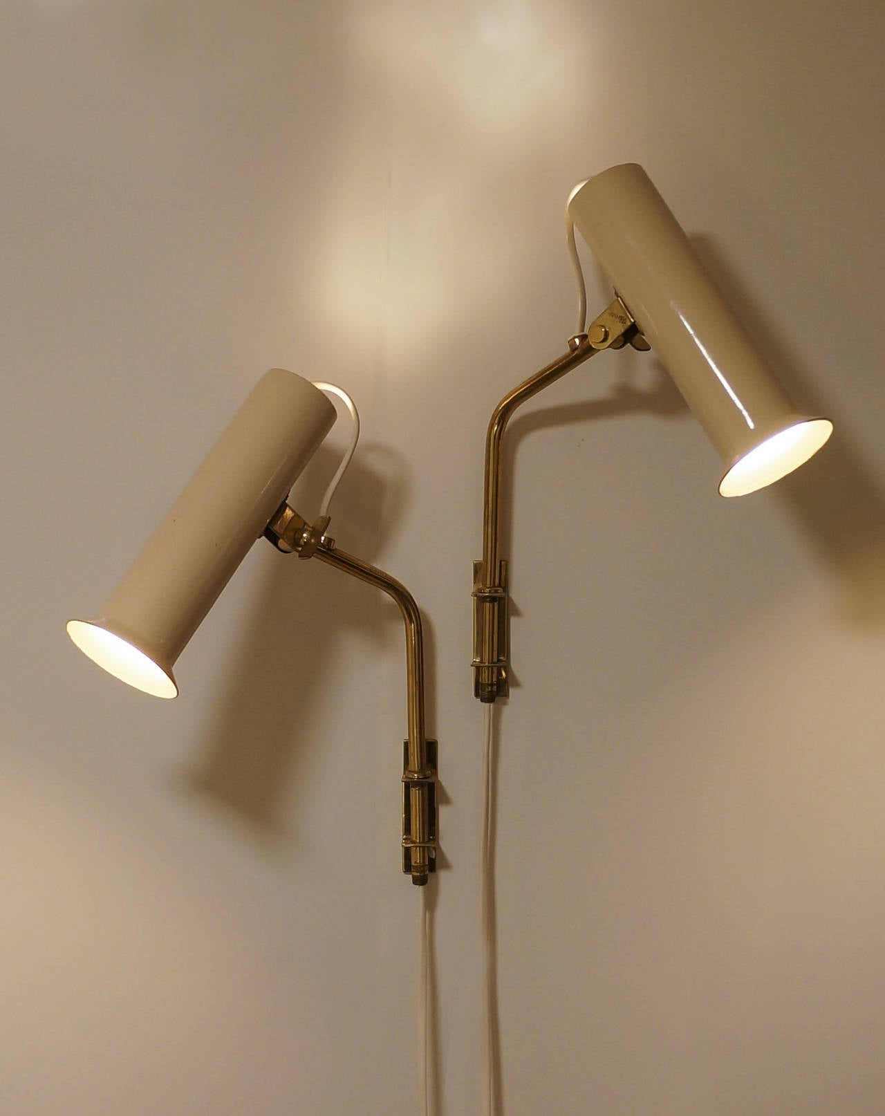 Painted Tapio Wirkkala Adjustable Reading Lamps or Sconces, 1950s For Sale