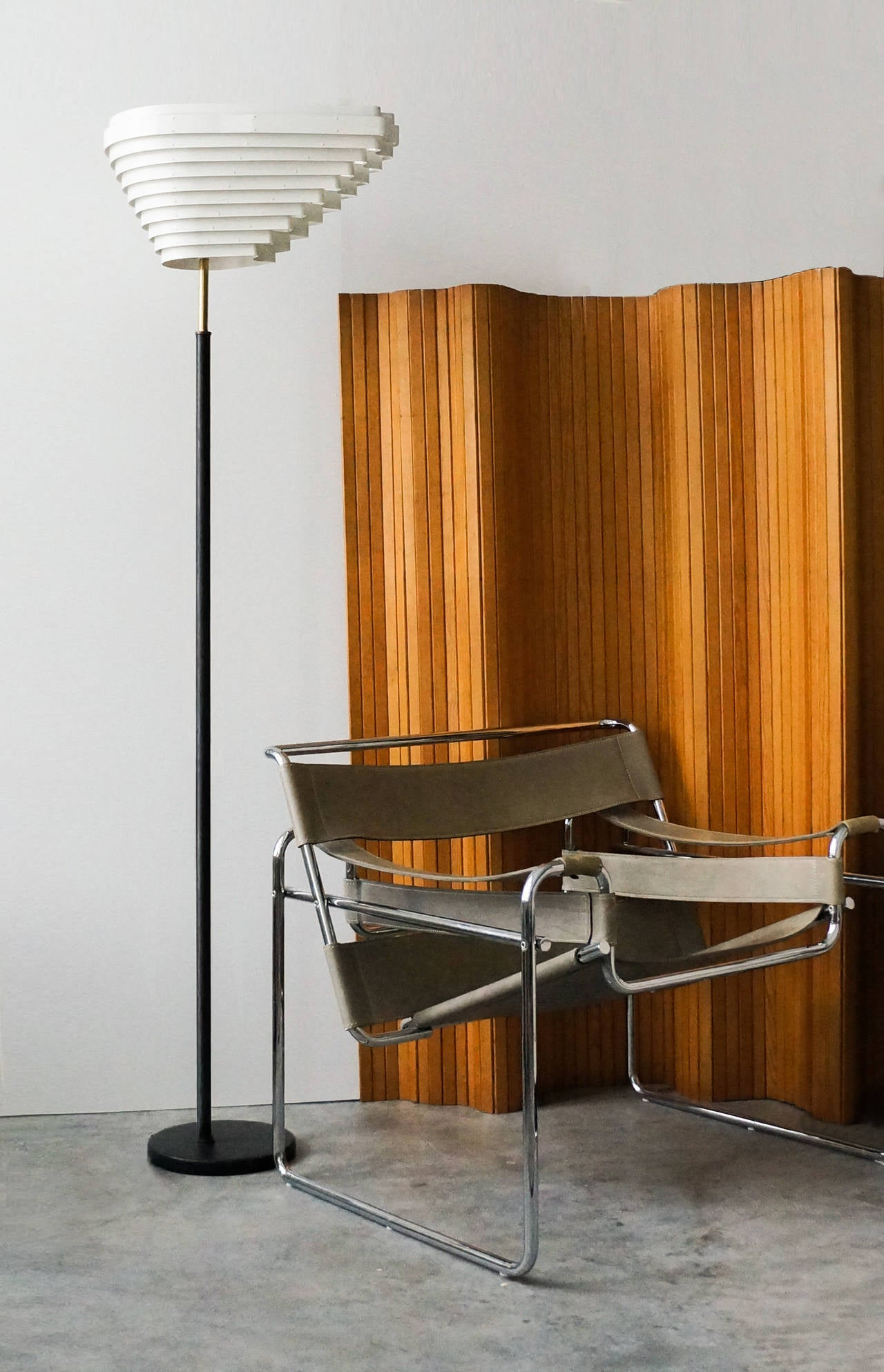 Mid-20th Century Alvar Aalto, Pinewood Screen, Model 100, circa 1940s For Sale