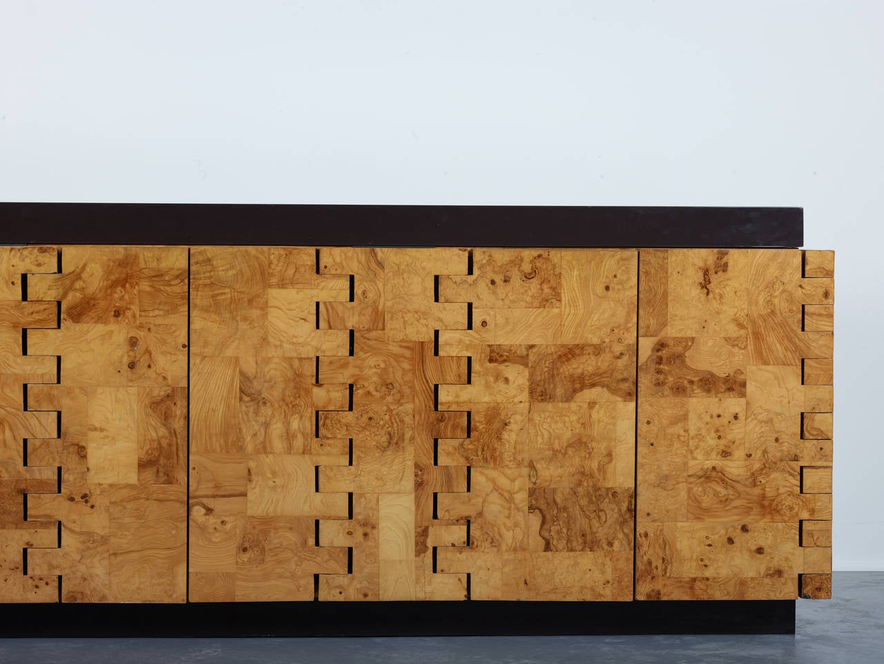 Mid-Century Modern Paul Evans 400 Olive Burl Cabinet, 1970 For Sale