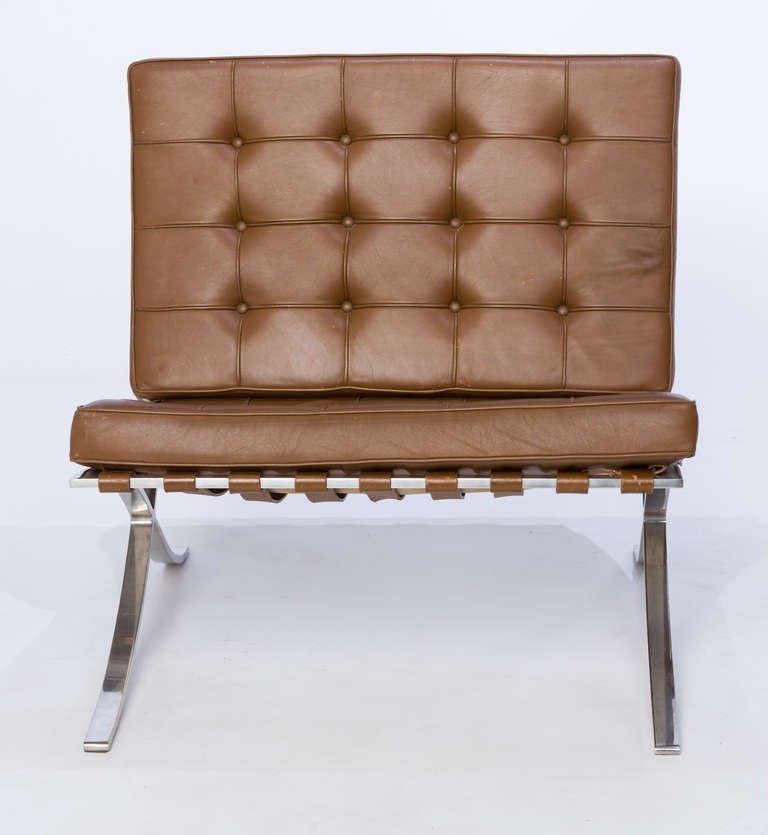 Ludwig mies van der rohe barcelona chairs and stool at 1stdibs for Van der rohe furniture