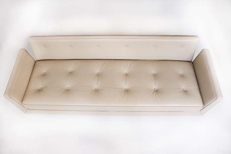 Edward Wormley for Dunbar Open Arm Sofa, 1950s For Sale 3