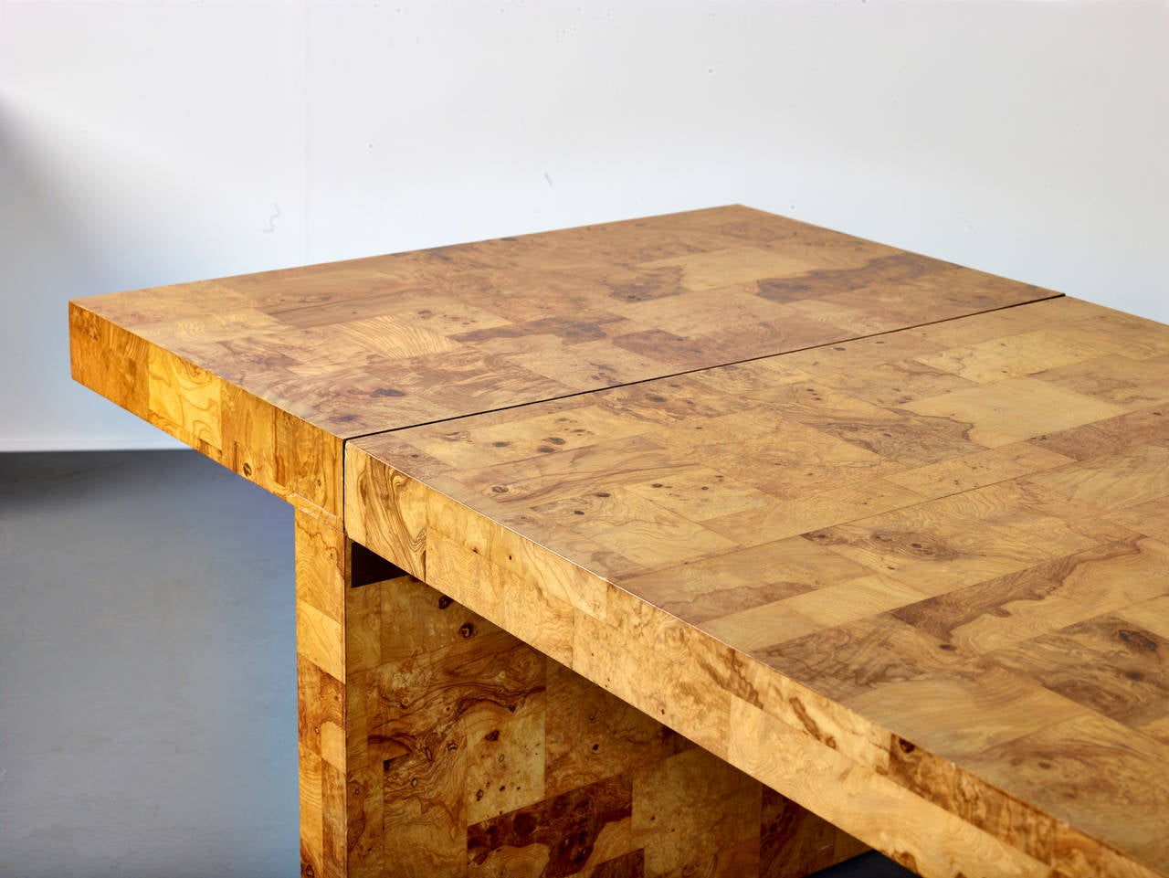 Mid-Century Modern Paul Evans Dining Table for Directional, Olive Ash Burl, 1970s For Sale
