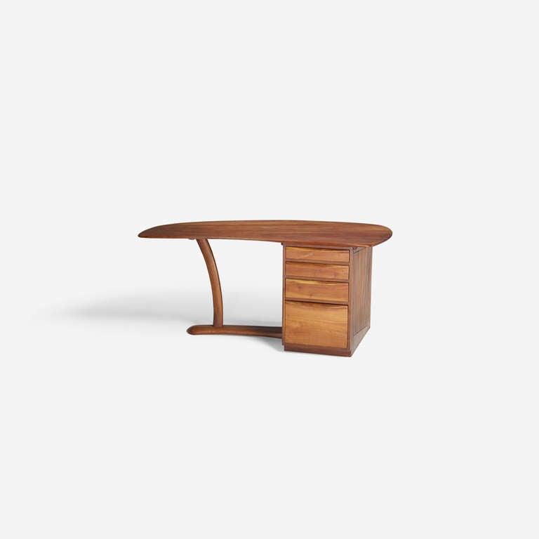 Wharton Esherick Desk, circa 1970 In Excellent Condition For Sale In Houston, TX