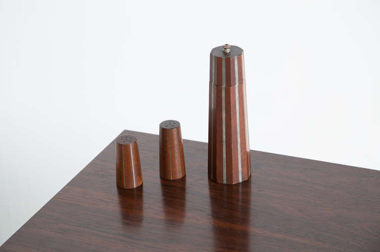 Mid-Century Modern Paul Evans and Phillip Lloyd Powell Pepper Mill and Shaker, 1957 For Sale