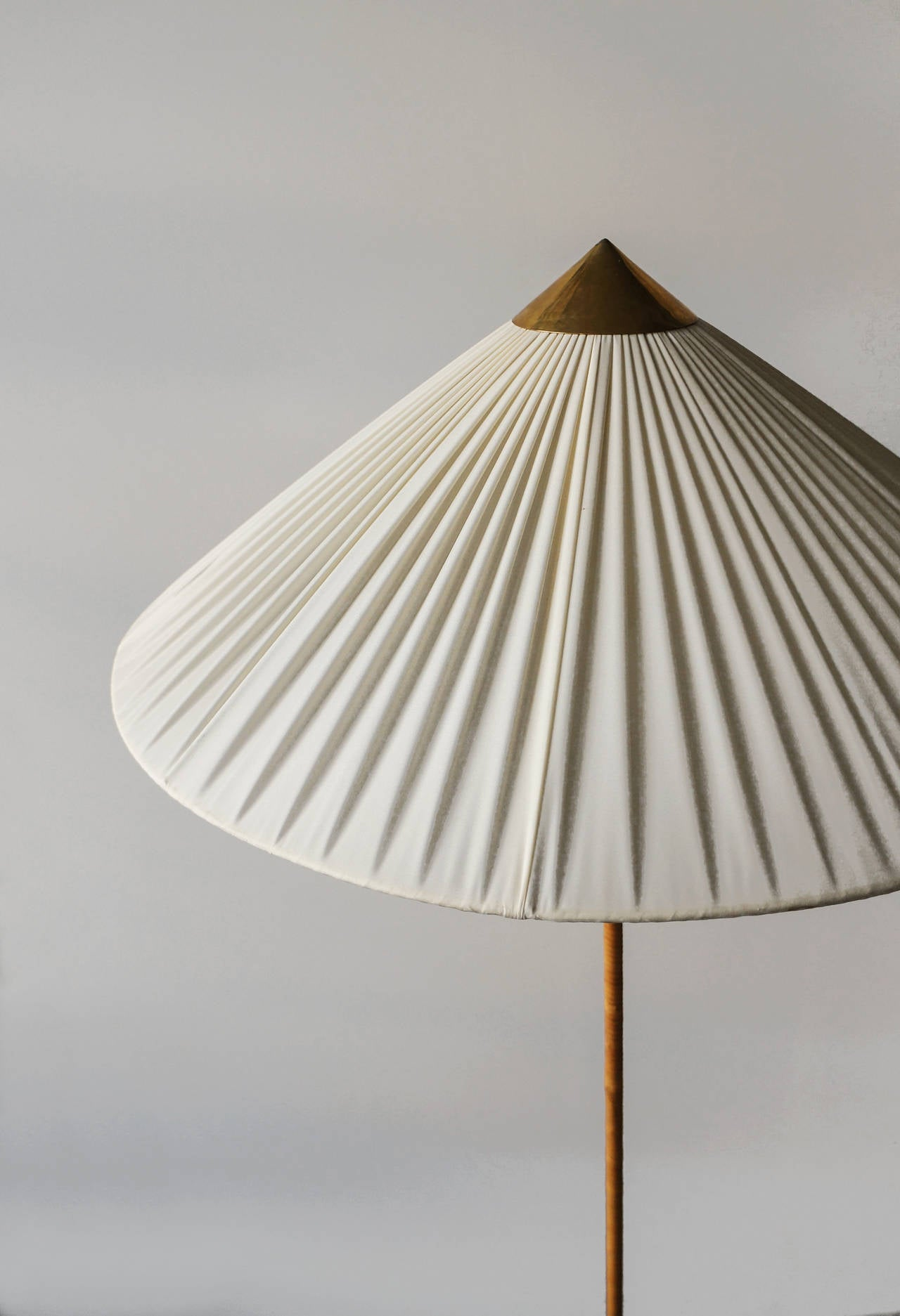 Scandinavian Modern Paavo Tynell Floor Lamp, Model 9602, 1940s
