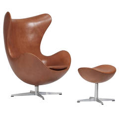 Early Arne Jacobsen Egg Chair and Ottoman for Fritz Hansen, Pair Available