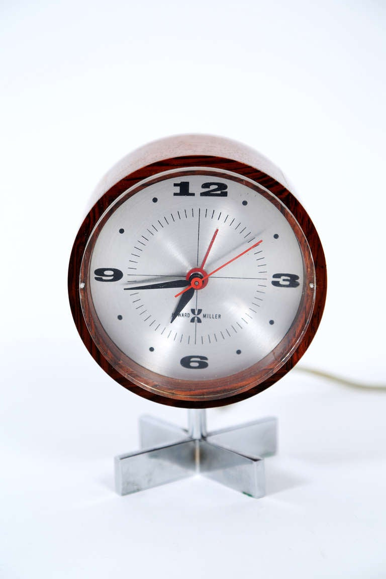 Arthur umanoff desk clock george nelson and associates for Nelson wall clock
