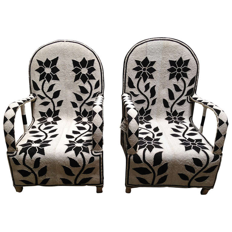 Exceptionnel Pair Of African Beaded Chairs For Sale