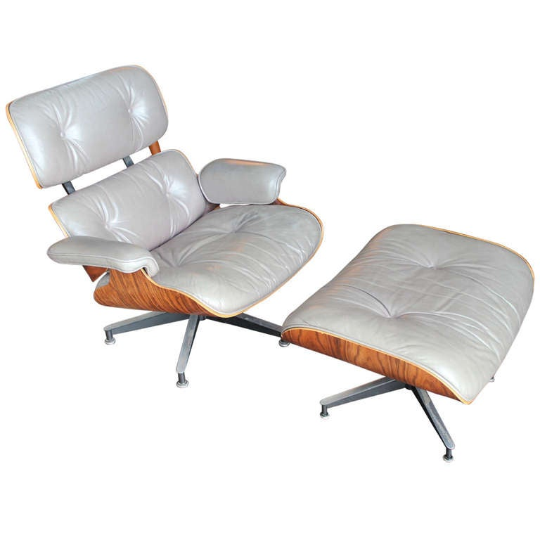 original rosewood and grey leather eames lounge chair and ottoman at 1stdibs. Black Bedroom Furniture Sets. Home Design Ideas