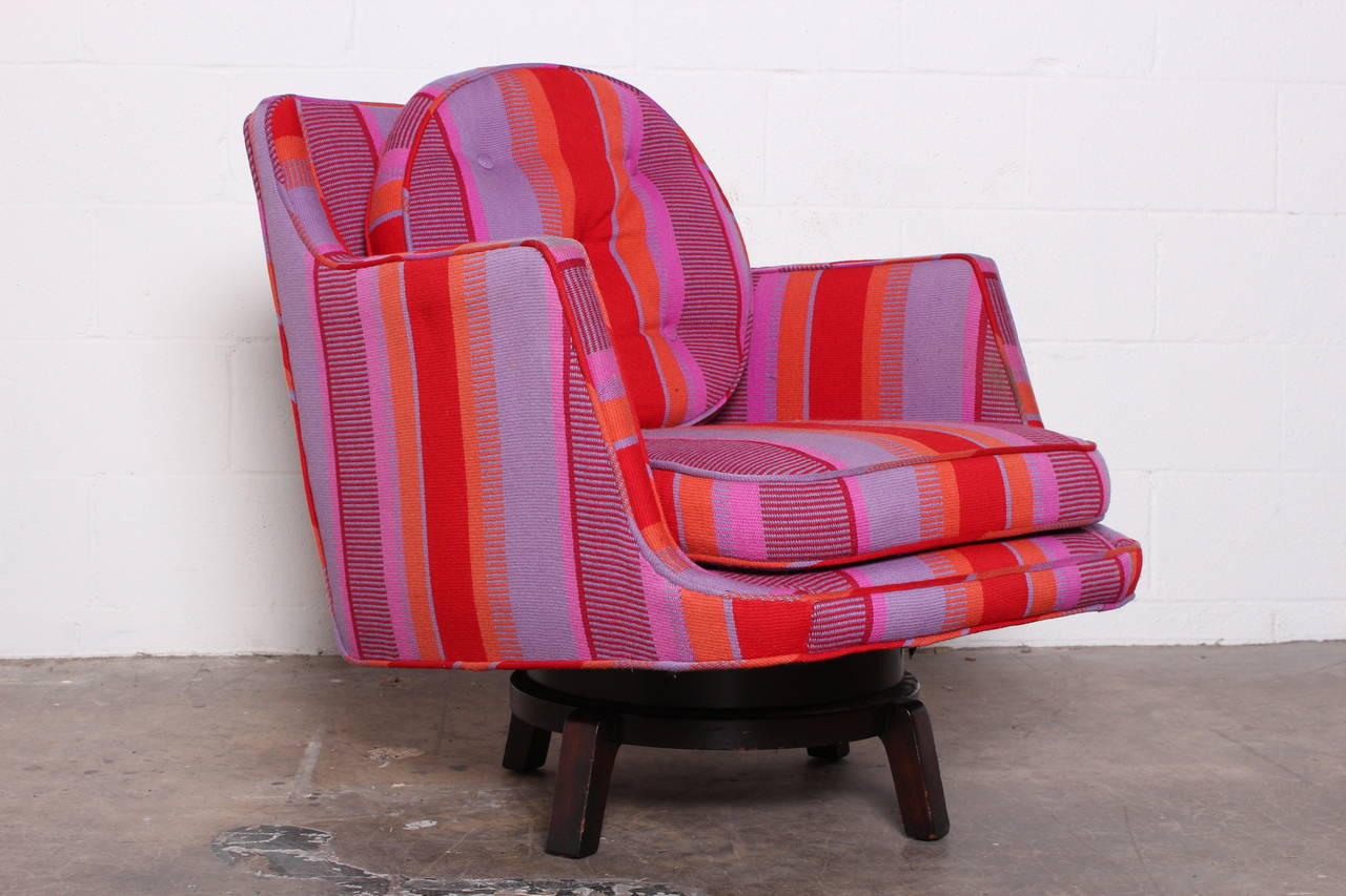 Swivel Lounge Chair by Edward Wormley for Dunbar In Good Condition For Sale In Dallas, TX