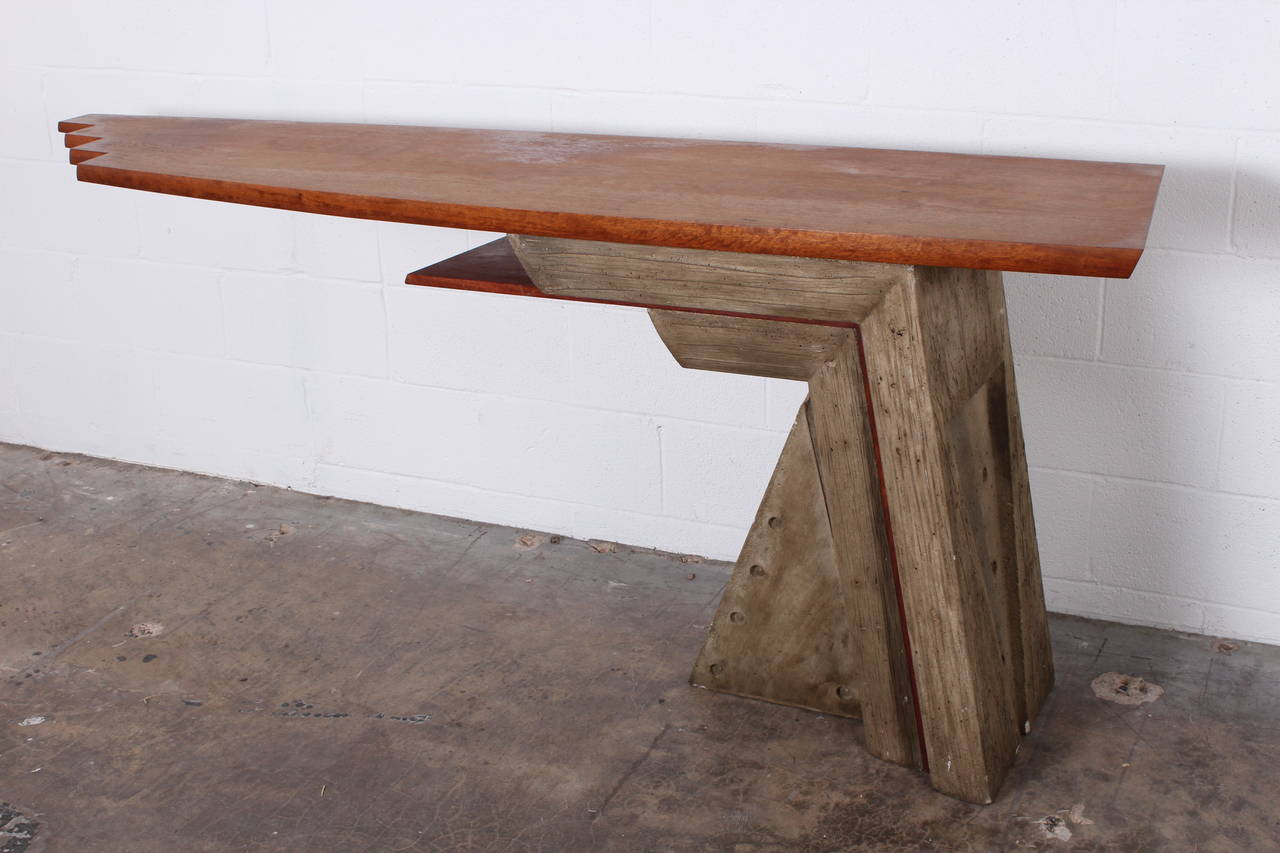 Architectural Concrete And Wood Console Table In Good Condition For Sale In  Dallas, TX