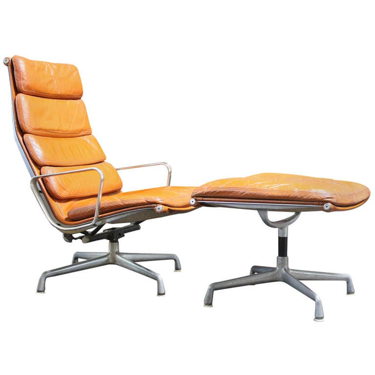 Soft Pad Lounge Chair And Ottoman By Charles Eames At Stdibs - Charles eames lounge chair