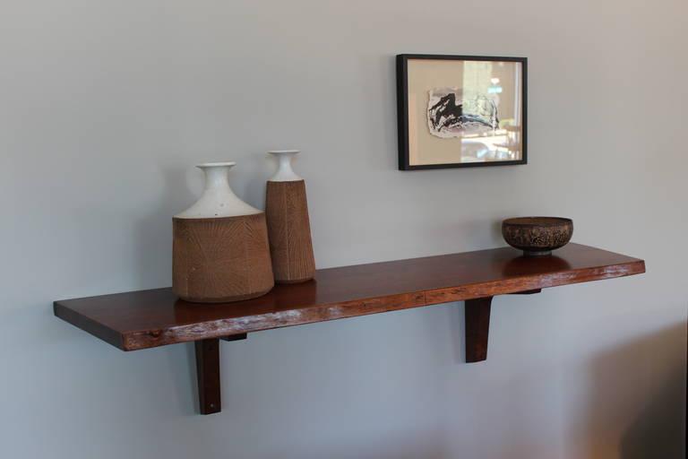 george nakashima slab wall shelf for sale at 1stdibs. Black Bedroom Furniture Sets. Home Design Ideas