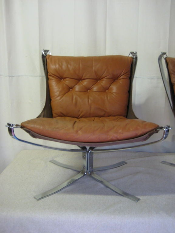 Pair Of Falcon Chairs By Sigurd Russell At 1stdibs