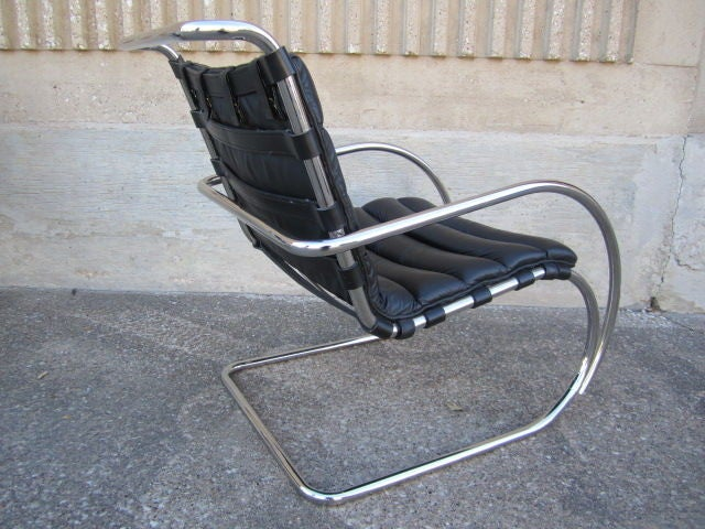 Pair Of MR Lounge Chairs By Mies Van Der Rohe At 1stdibs