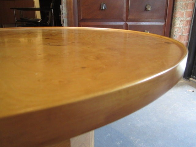 Olive-wood burl table by Edward Wormley for Dunbar For Sale 4