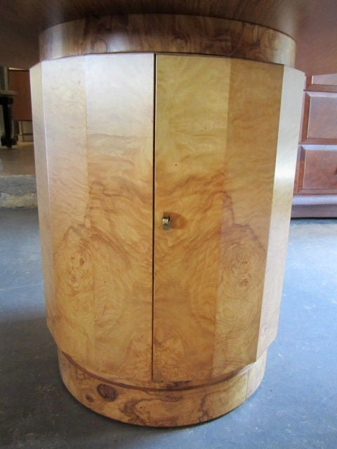 Olive-wood burl table by Edward Wormley for Dunbar For Sale 5