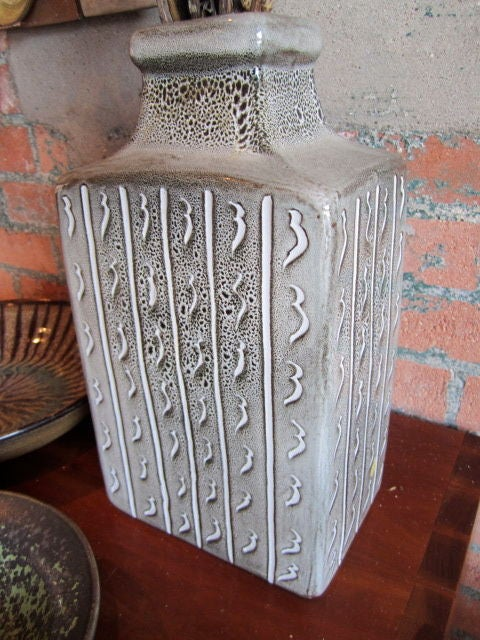 Pottery by Harding Black 3