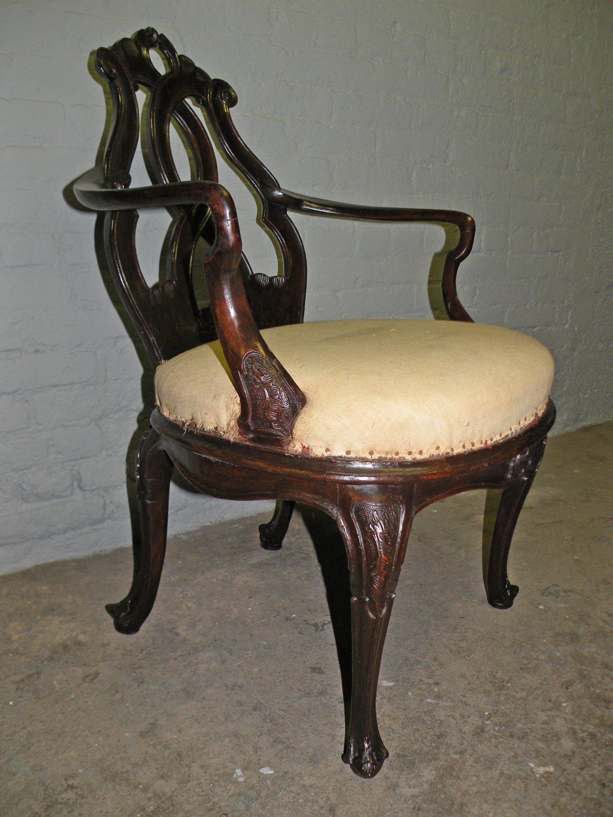 Italian 18th century Venetian Rococo Armchair For Sale