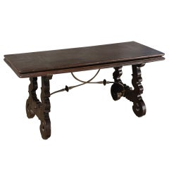 Spanish Baroque 17th century walnut Flip-Bench or Low Table
